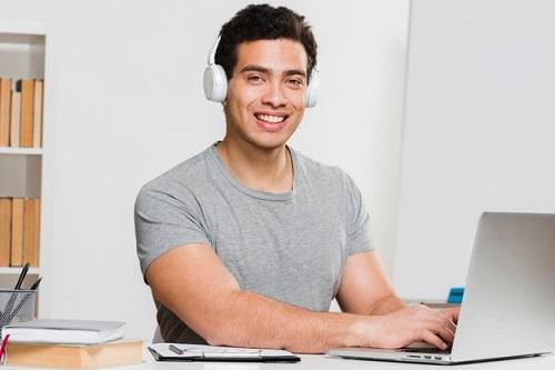 سایت آموزش آنلاین زبان تیکا